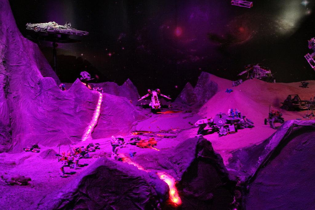 Planet Mustafar Battle Scene