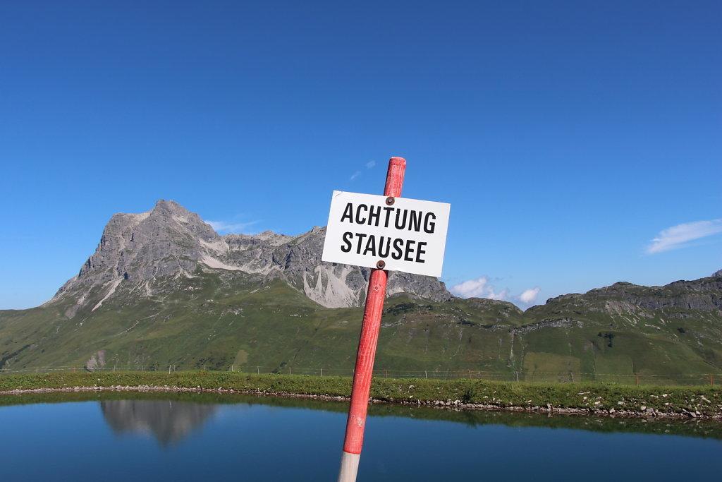 Achtung, Stausee!
